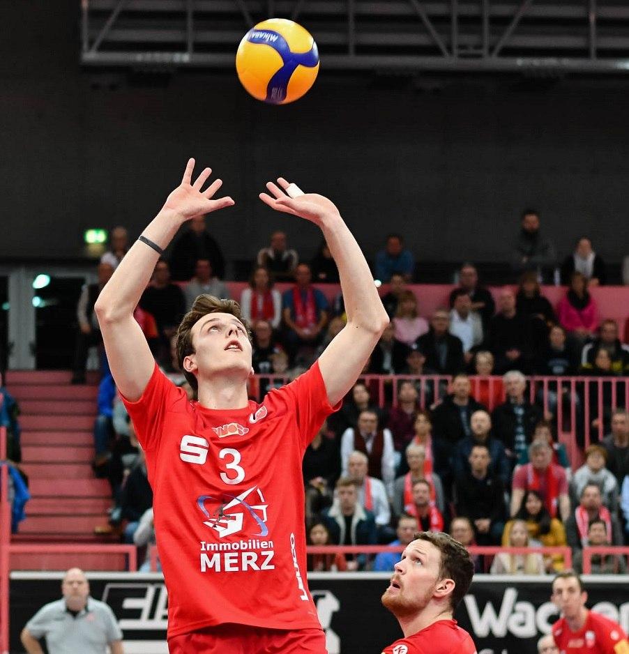 Leon Dervisaj wird Zuspieler bei der SVG Lüneburg